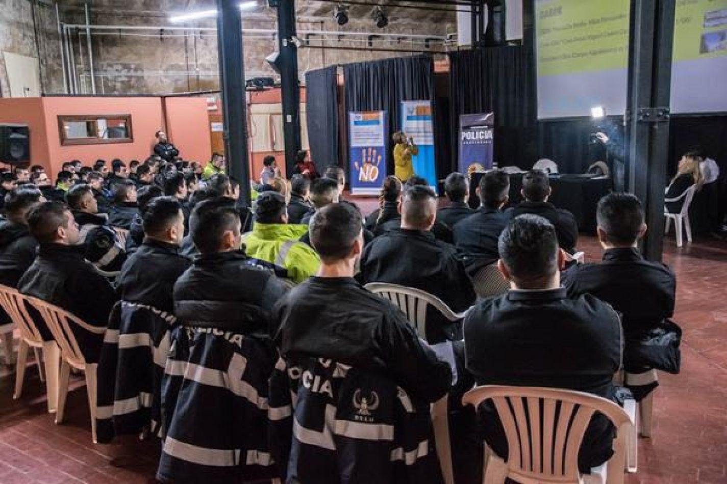 Agentes de la policia provincial fueron capacitados en perspectiva de género
