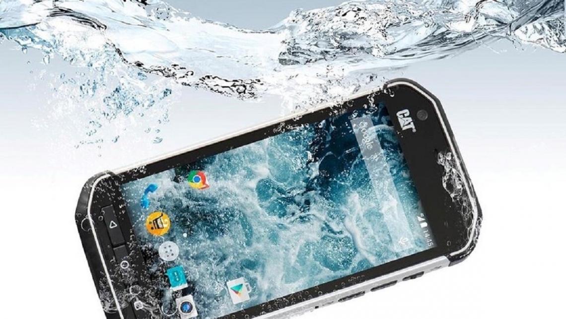 El celular irrompible se fabrica en Tierra del Fuego