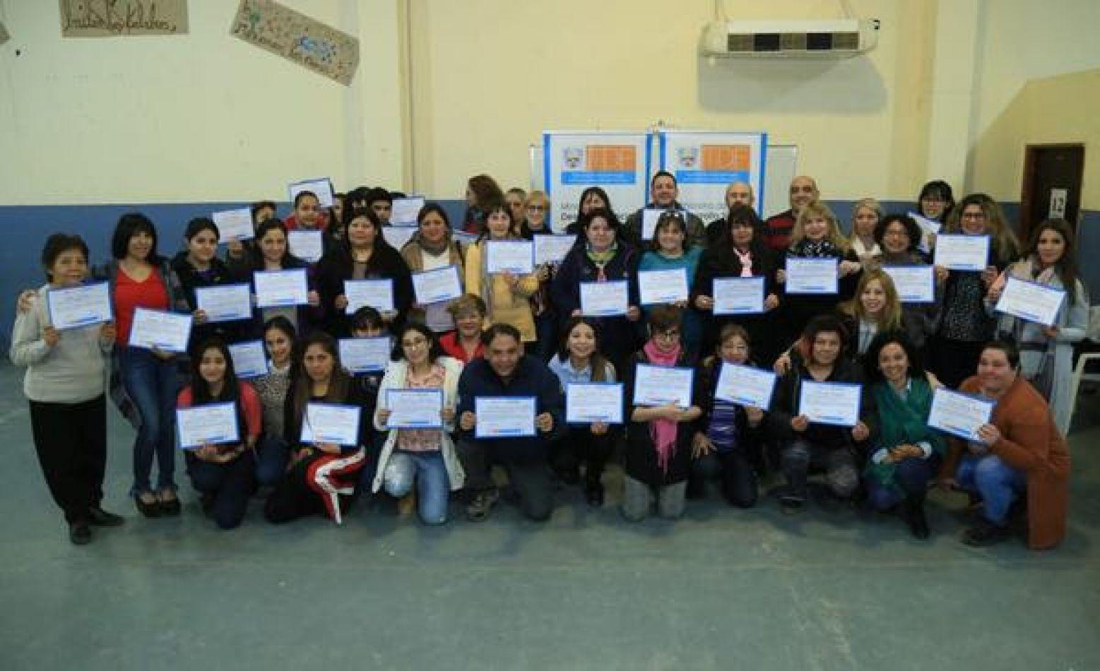Participantes del curso de voluntariado social