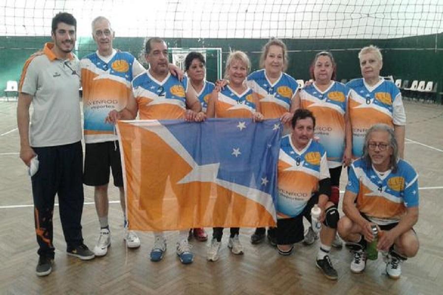 Volley adaptado para adultos: Deportistas fueguinos compitieron en Río Gallegos