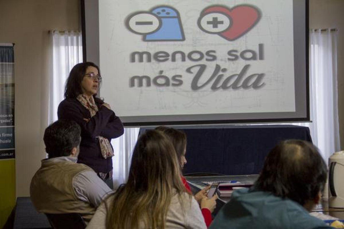 """Adhesión de panaderías a la iniciativa """"Menos Sal Más Vida"""""""
