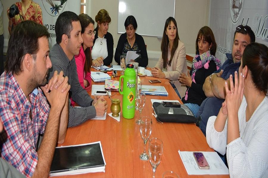 Concejales se reunieron con Taxifleteros de la ciudad