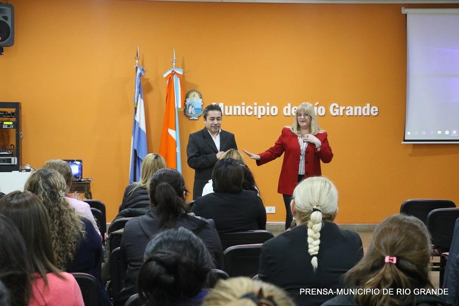 El municipio de Río Grande capacita a servidores públicos