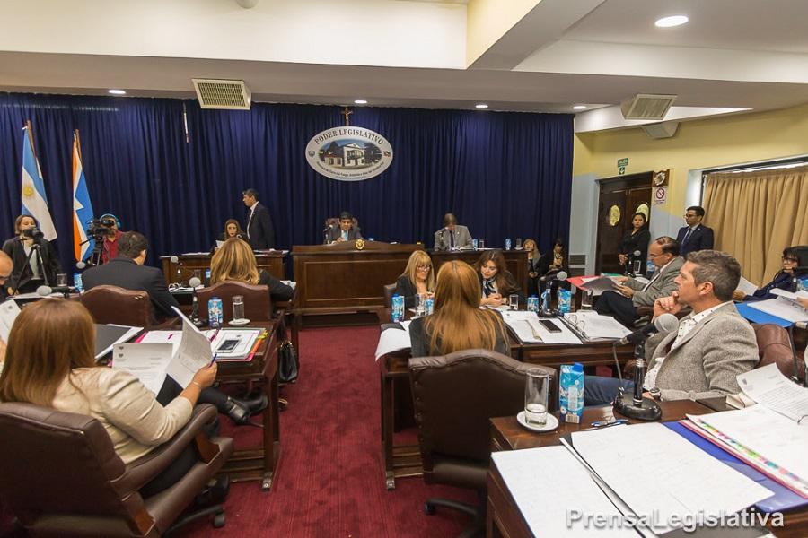 El legislador Furlan busca crear la figura del defensor del pueblo