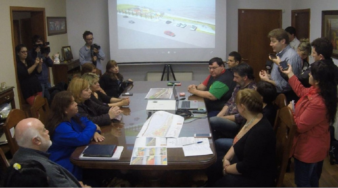 Presentan la obra de la 1° Plaza Integradora adaptada para chicos con discapacidad