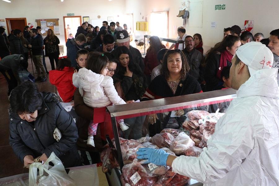Unos 10 mil kgs. de alimentos se vendieron en la feria que se realizó en Chacra XI