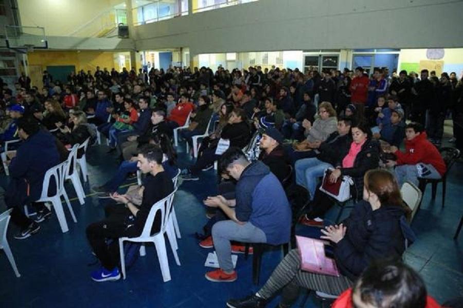 Se Realizó el acto de lanzamiento del Plan Fines en Río Grande