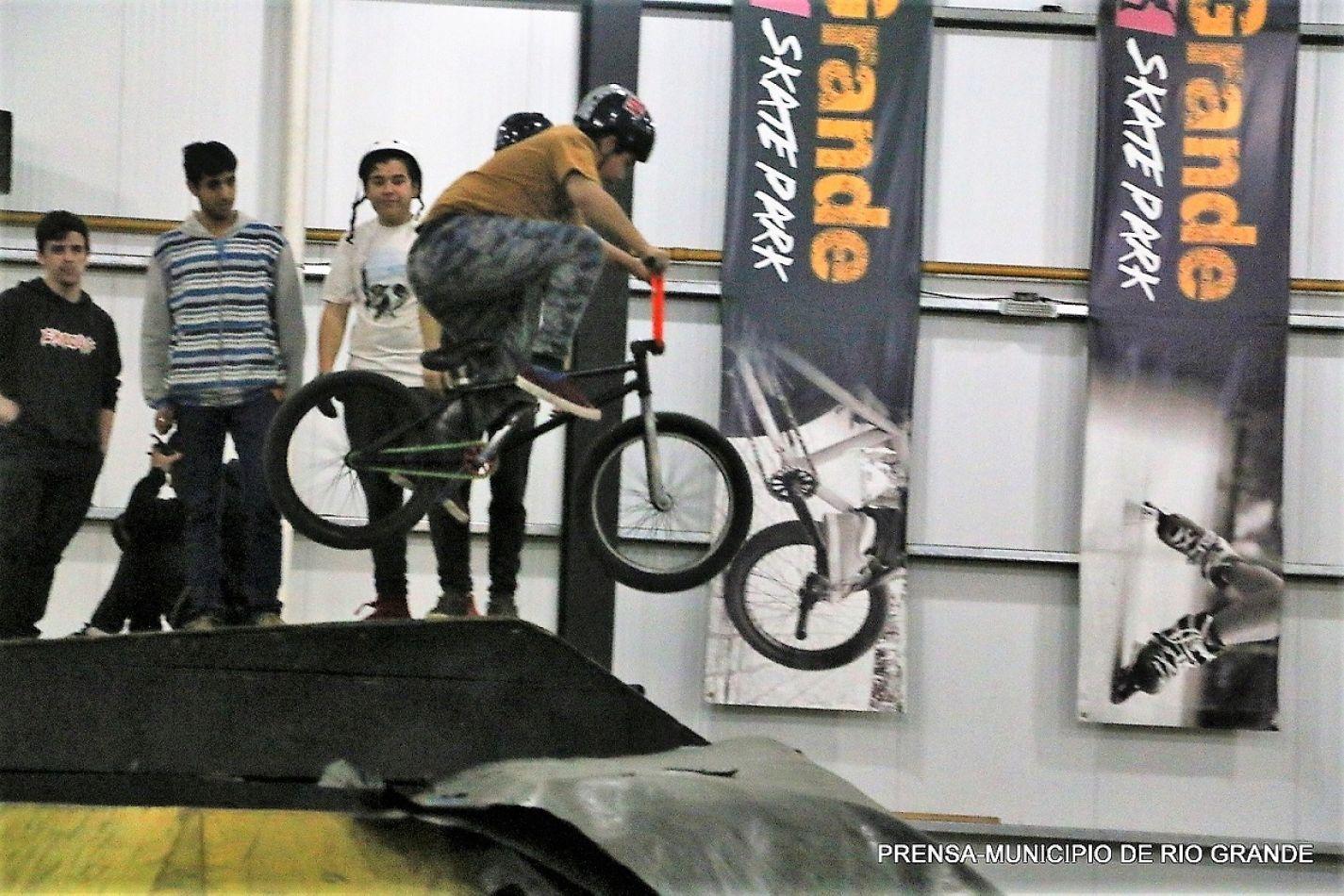 BMX Free Style en el Skate Park.