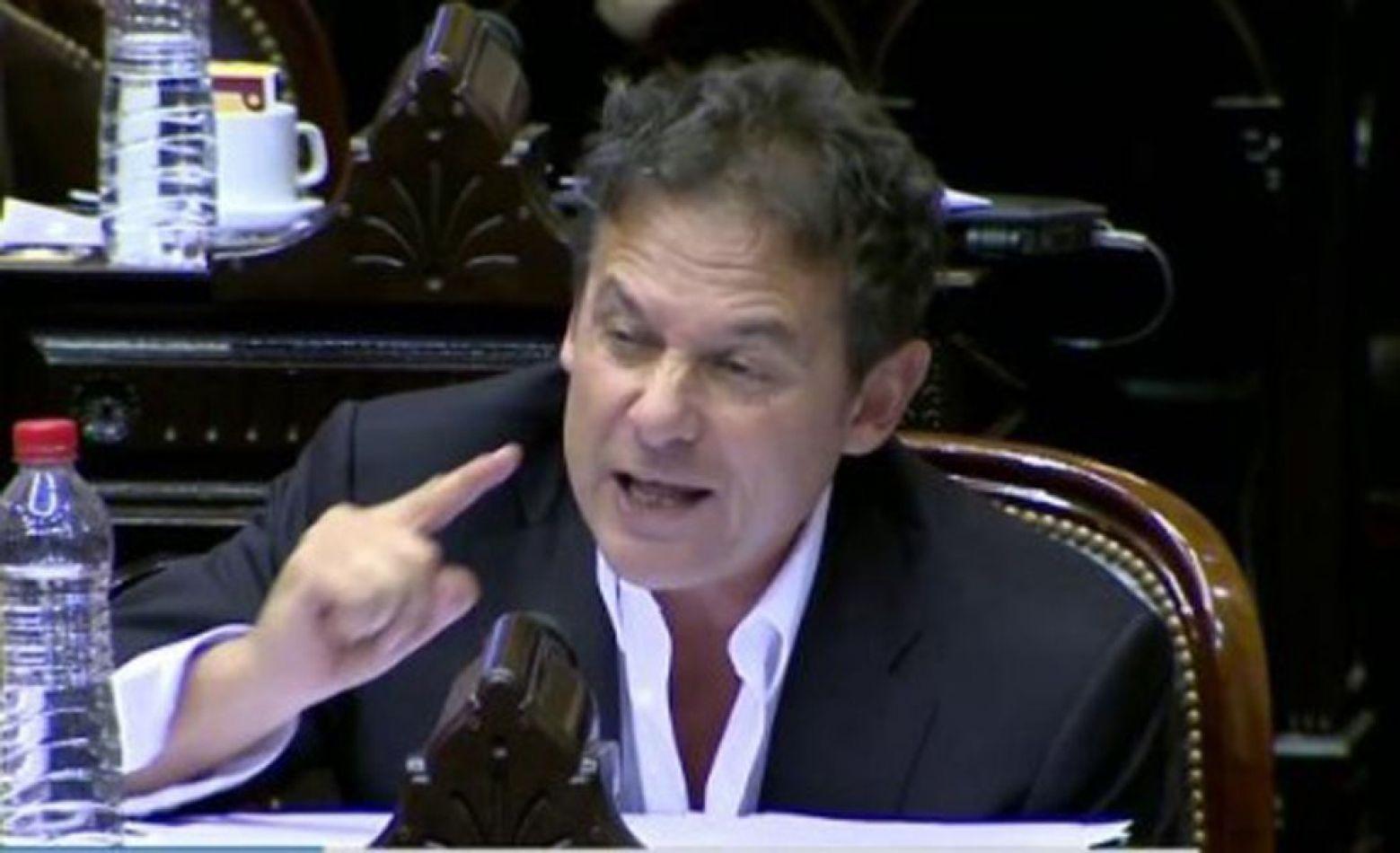 El senador nacional por la Unión Cívica Radical (UCR), Eduardo Costa