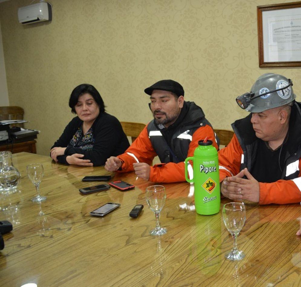 Concejales reunidos con mineros de Río Turbio