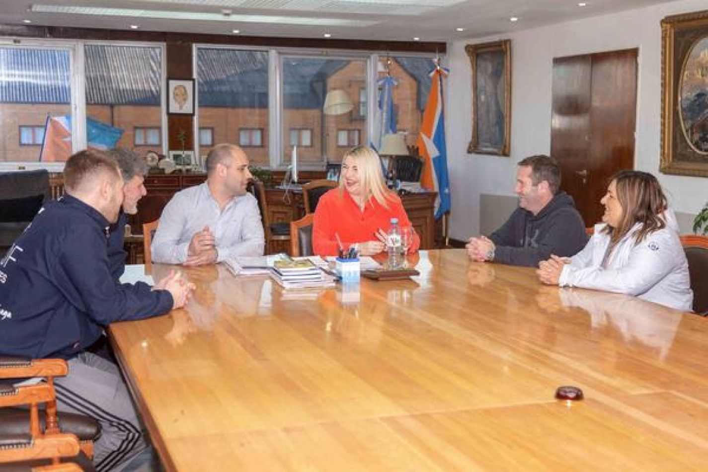 Bertone recibió al ex entrenador de la Selección Argentina de Handball