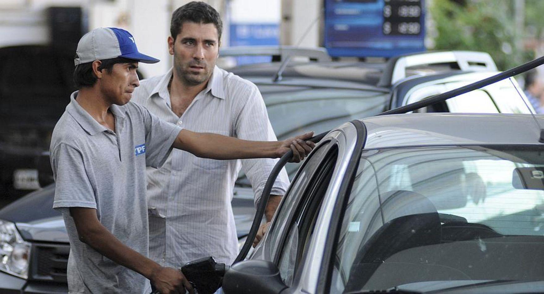 YPF volvió a subir los combustibles