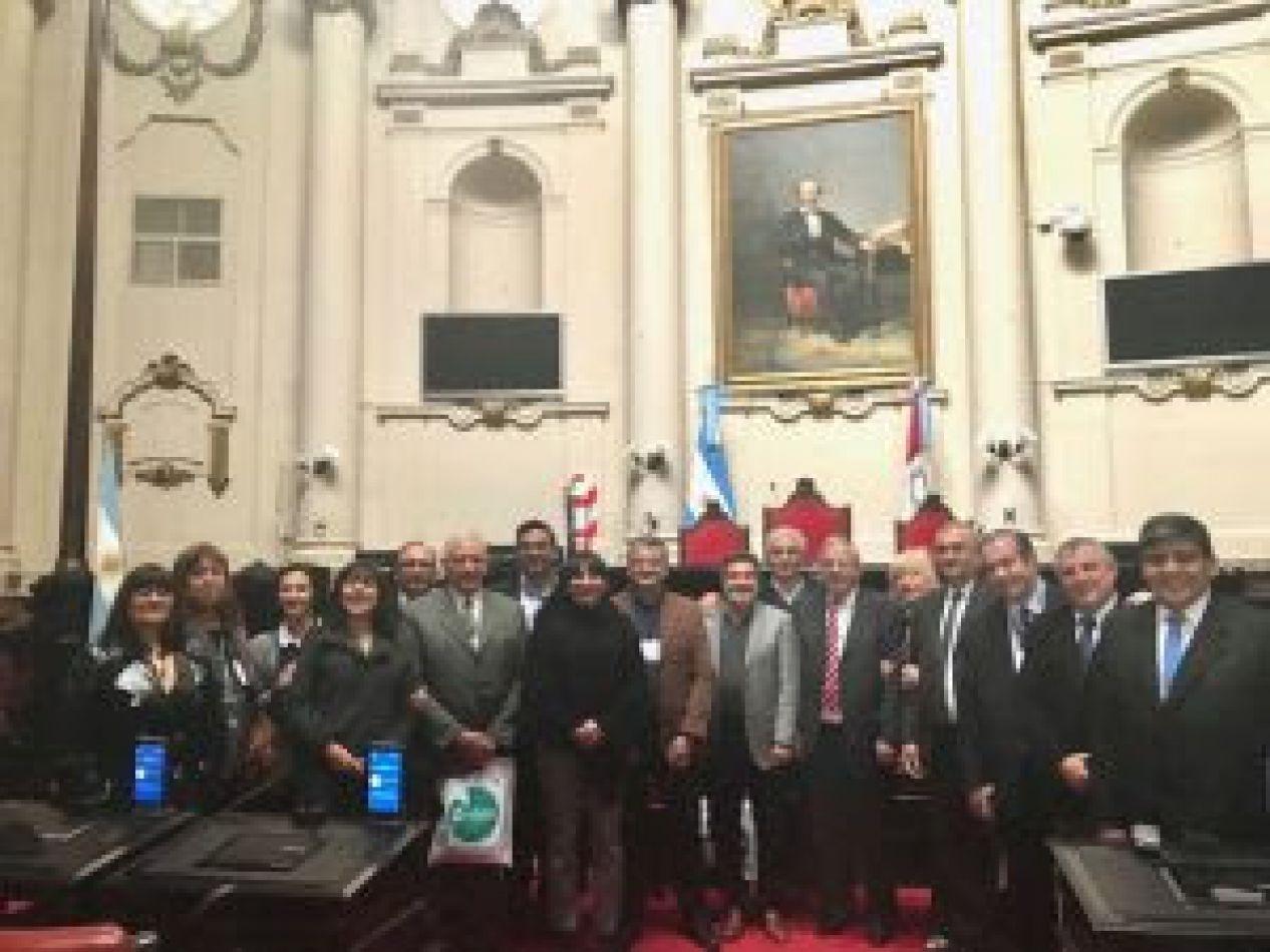 Arcando participó de la mesa ejecutiva del bloque argentino de Unión de Parlamentarios