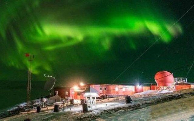 Espectacular aurora austral se pudo ver en la Antártida Argentina