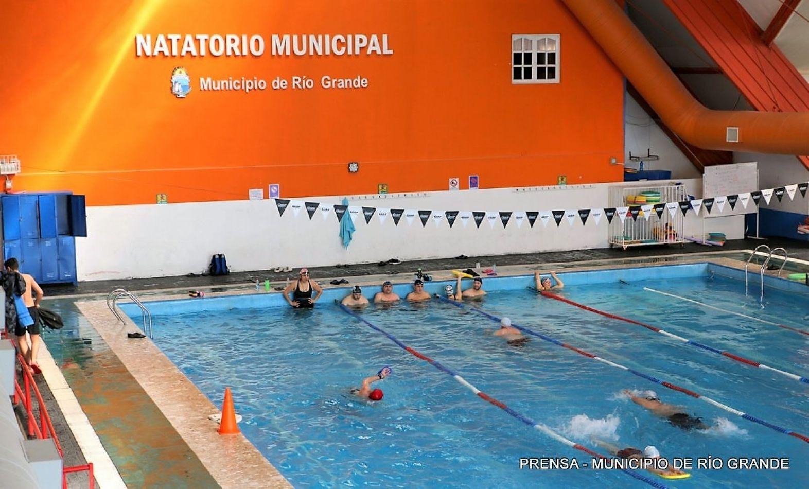 Natatorio municipal de Río Grande.