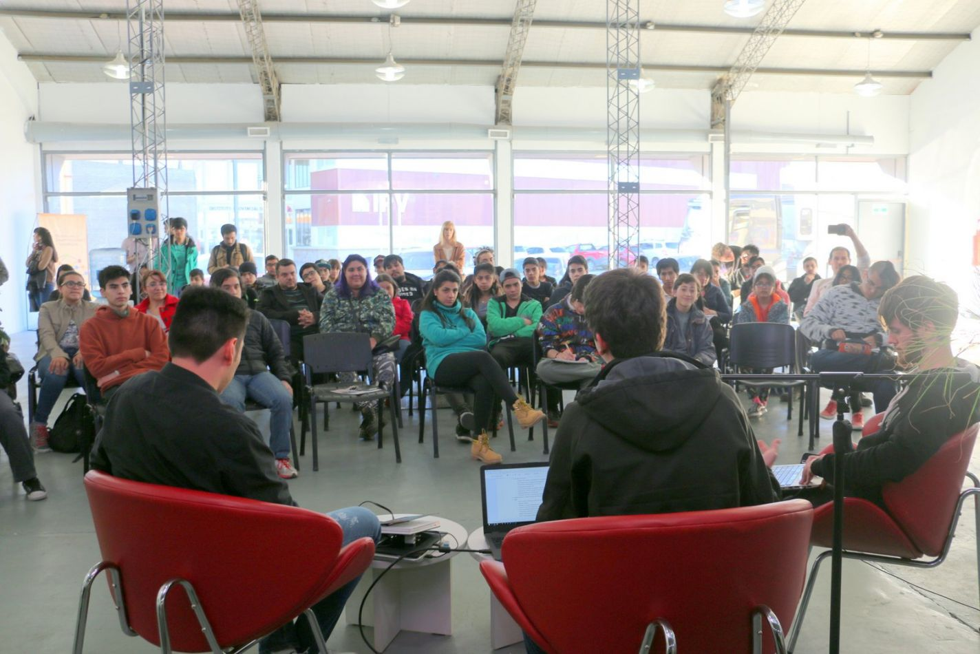 El Municipio becará a los participantes que accederán al programa de forma gratuita.