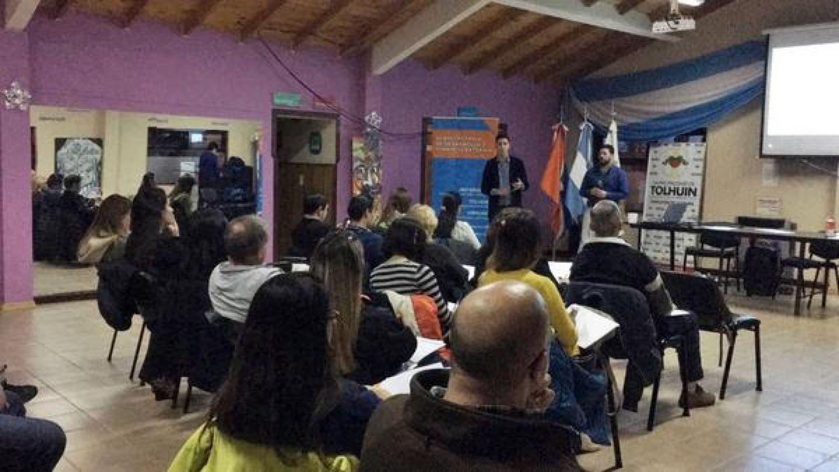 En los próximos seminarios se irán incorporando nuevas temáticas, siendo el siguiente punto de encuentro la ciudad de Ushuaia.