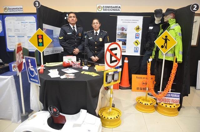 Se lleva adelante en el IPRA, la muestra Aniversario de la Policía Provincial