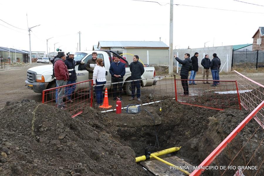 Gas natural para el B° Los Cisnes: Melella destacó haber cumplido con los vecinos