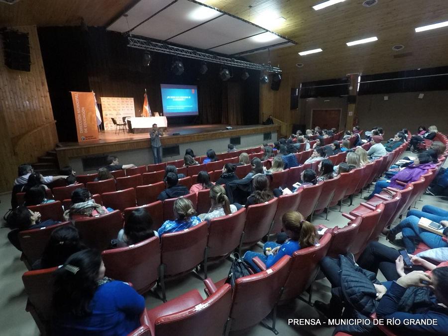 Congreso Internacional Educación e Inclusión desde el Sur: Inició el segundo ciclo de Conferencias Abiertas