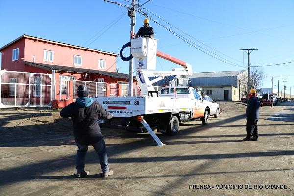 El municipio avanza con el tendido de fibra óptica en diversas zonas de la ciudad