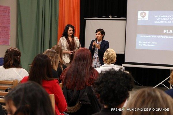 Municipio y el IPES avanzan en proyectos de inglés para niños