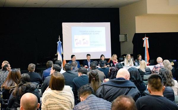 """Bilota: """"La técnica legislativa necesita de hombres y mujeres que estén capacitados"""""""