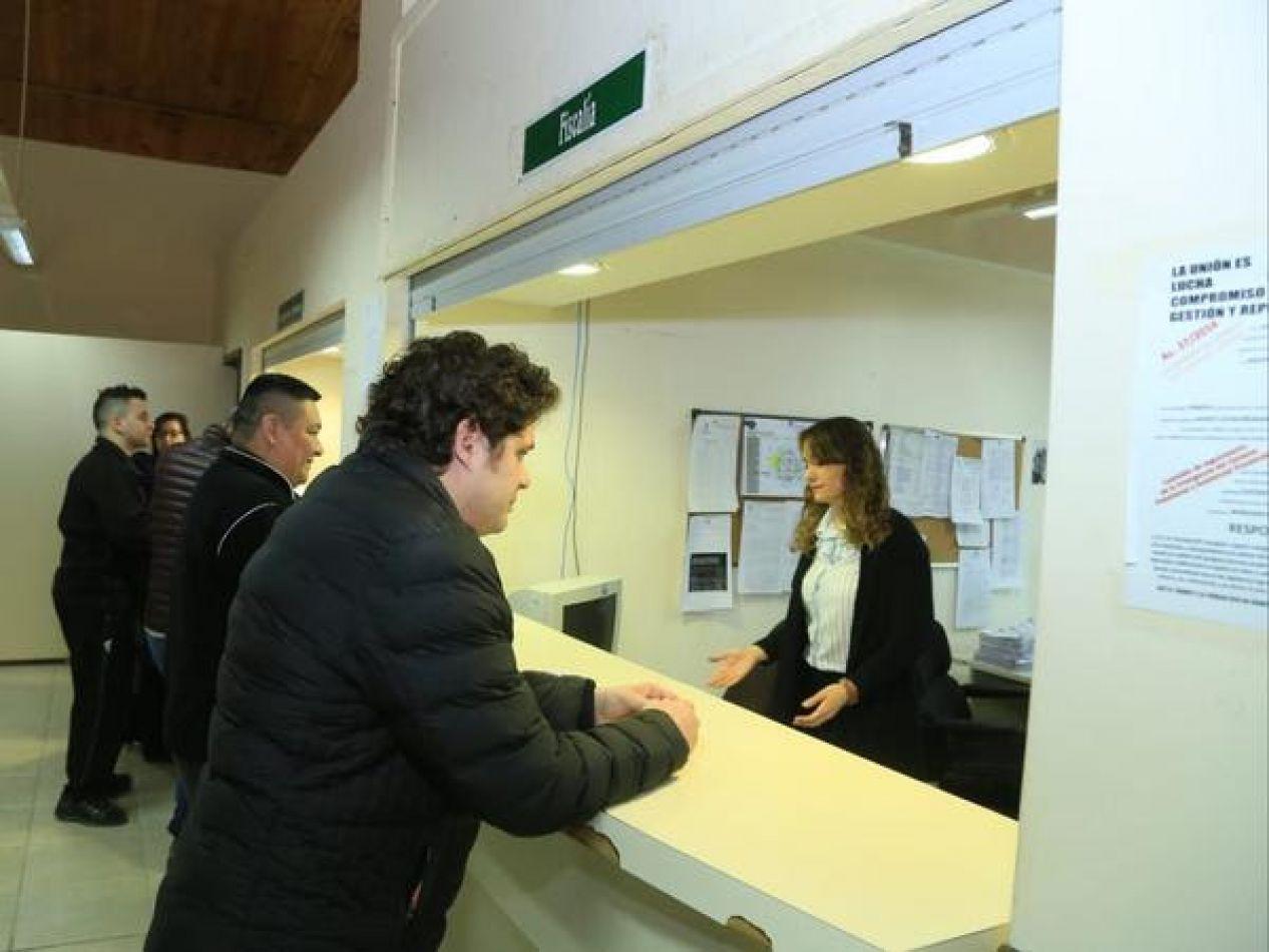 El subsecretario de Obras y Servicios Públicos Nicolás Pallotti denunció ante la Fiscalía de Río Grande a los dirigentes de ATE