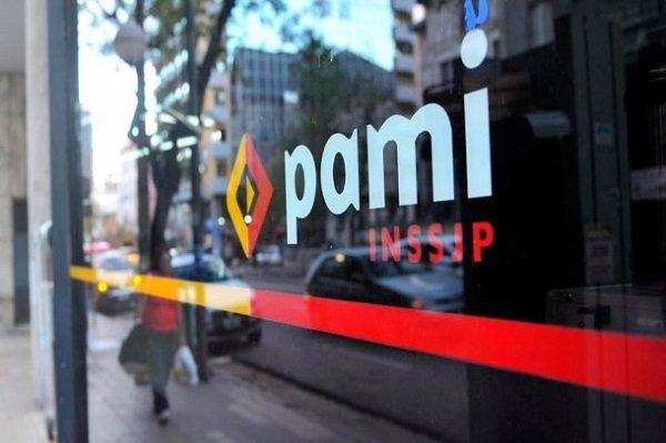 ¿Desaparece el PAMI?: Gobierno nacional quiere que los gremios le paguen la obra social a sus jubilados