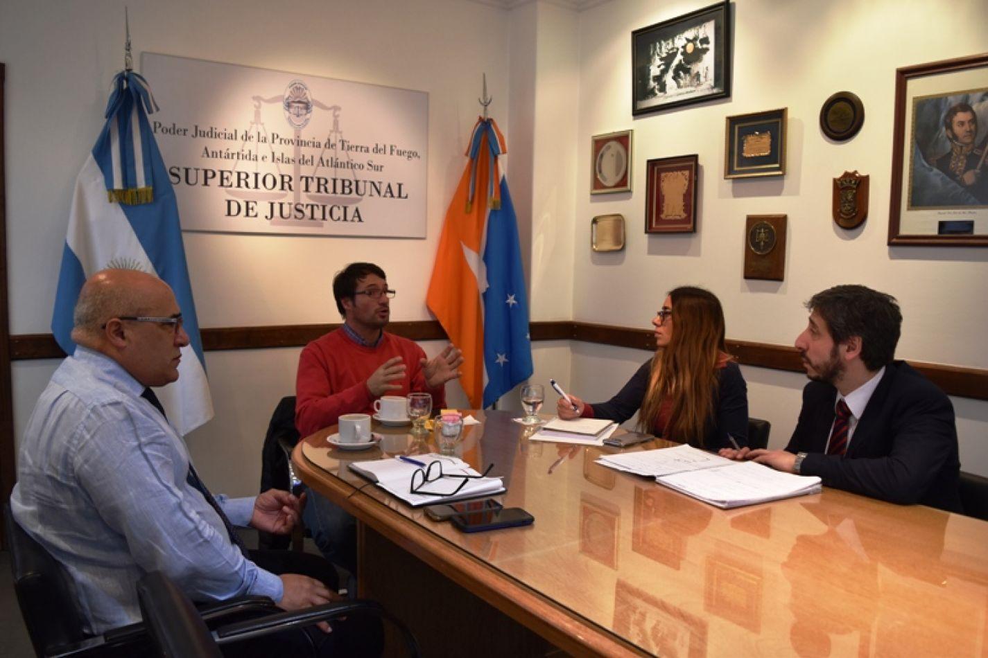 Encuentro de trabajo con la Unión de Empleados de Justicia de la Nación (UEJN).