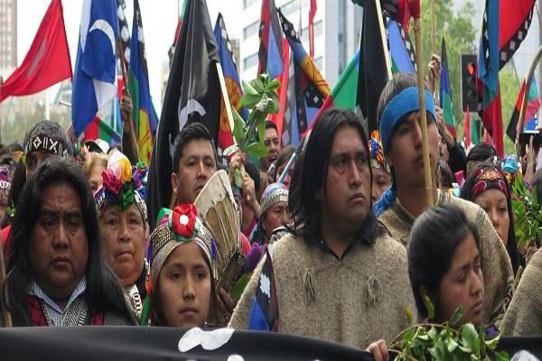 Vaca Muerta: Mapuches llevan su reclamo a La Haya