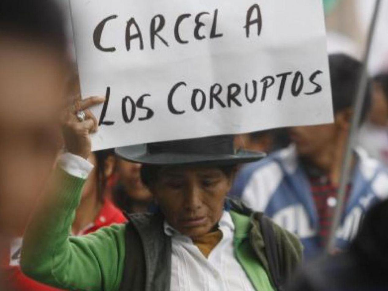Cárcel a los corruptos en Perú