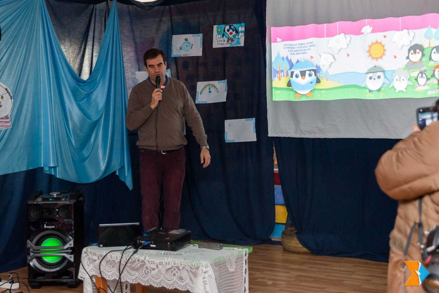 Un excombatiente presenta en Ushuaia su libro de cuentos para niños