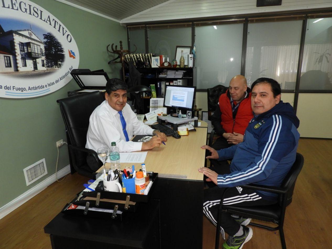 El Vicegobernador se reunió con árbitros de Río Grande
