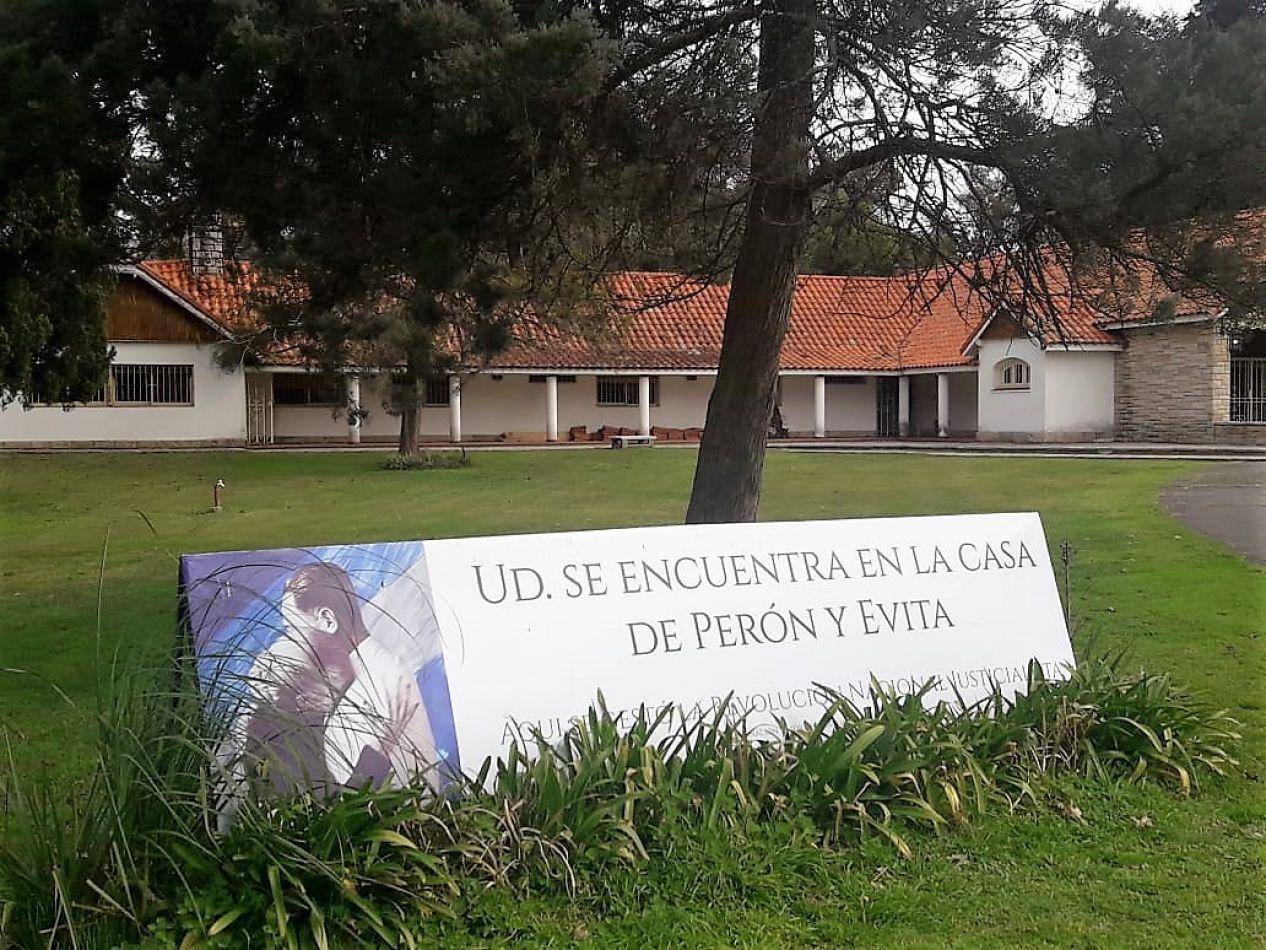 El Decano de la UTN Río Grande fue invitado a recorrer la Quinta de San Vicente.
