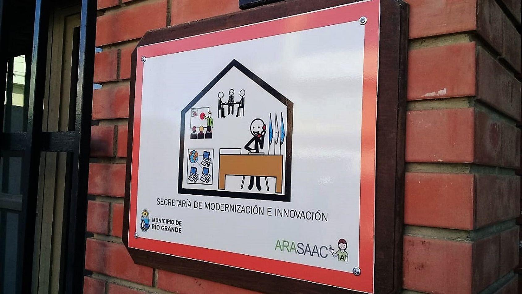 Río Grande utiliza pictogramas inclusivos en edificios públicos