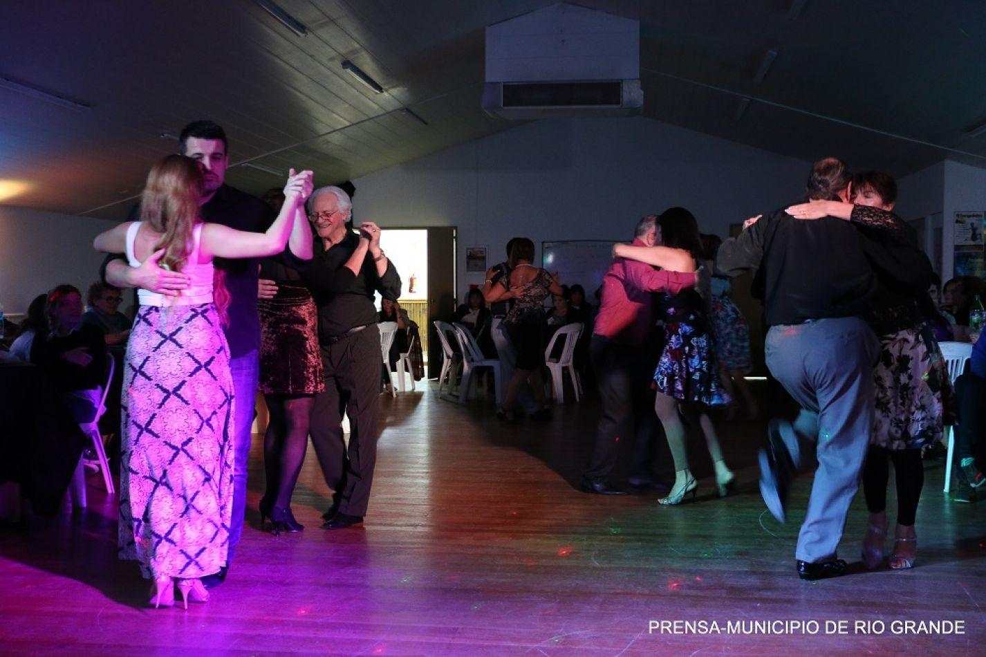 """Se realizará una velada de gala y clínica de tango por el aniversario de """"El Cachafaz"""""""