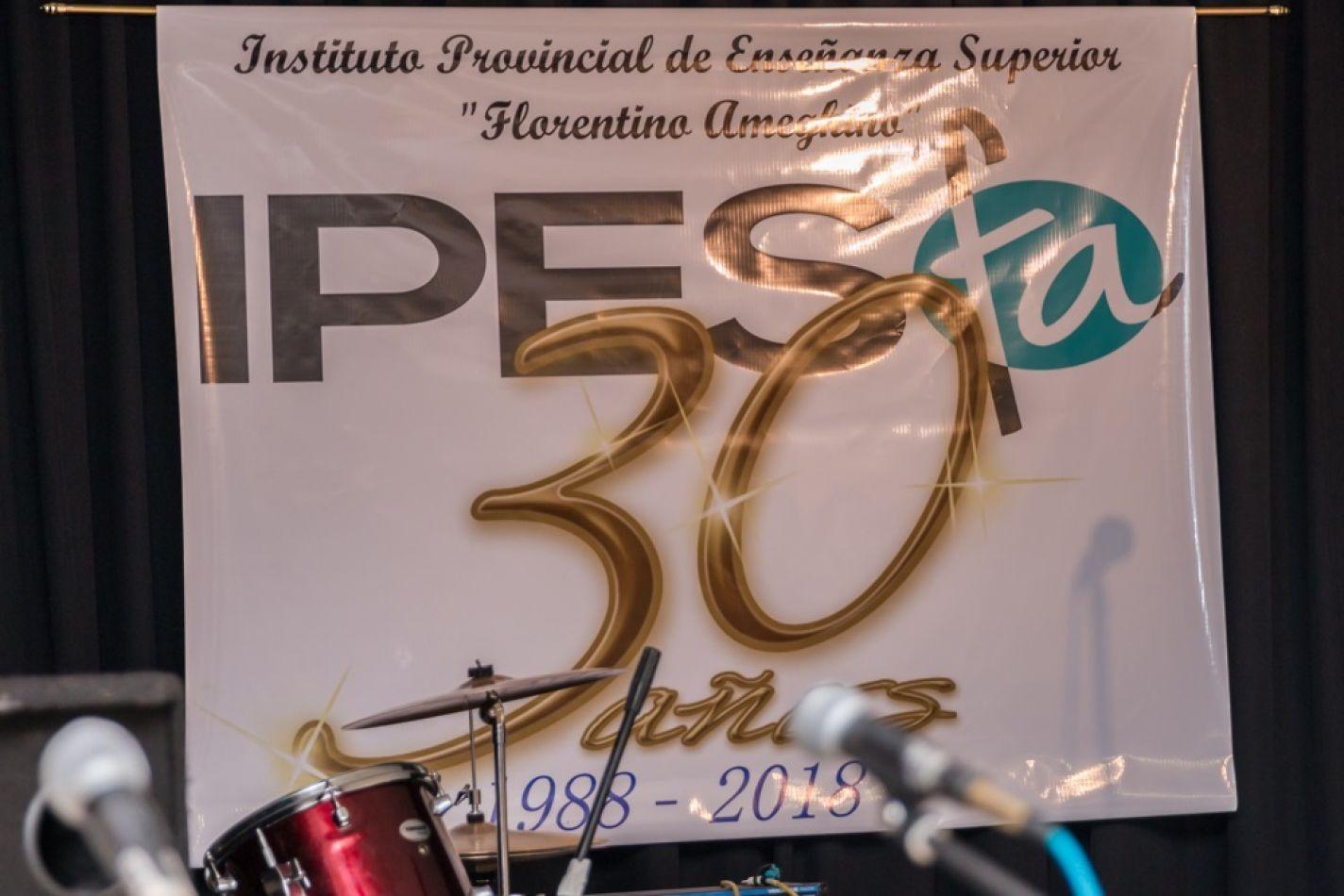 Celebraron tres décadas de vida del IPES Florentino Ameghino