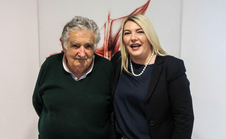 Rosana Bertone mantuvo un encuentro con José Mujica