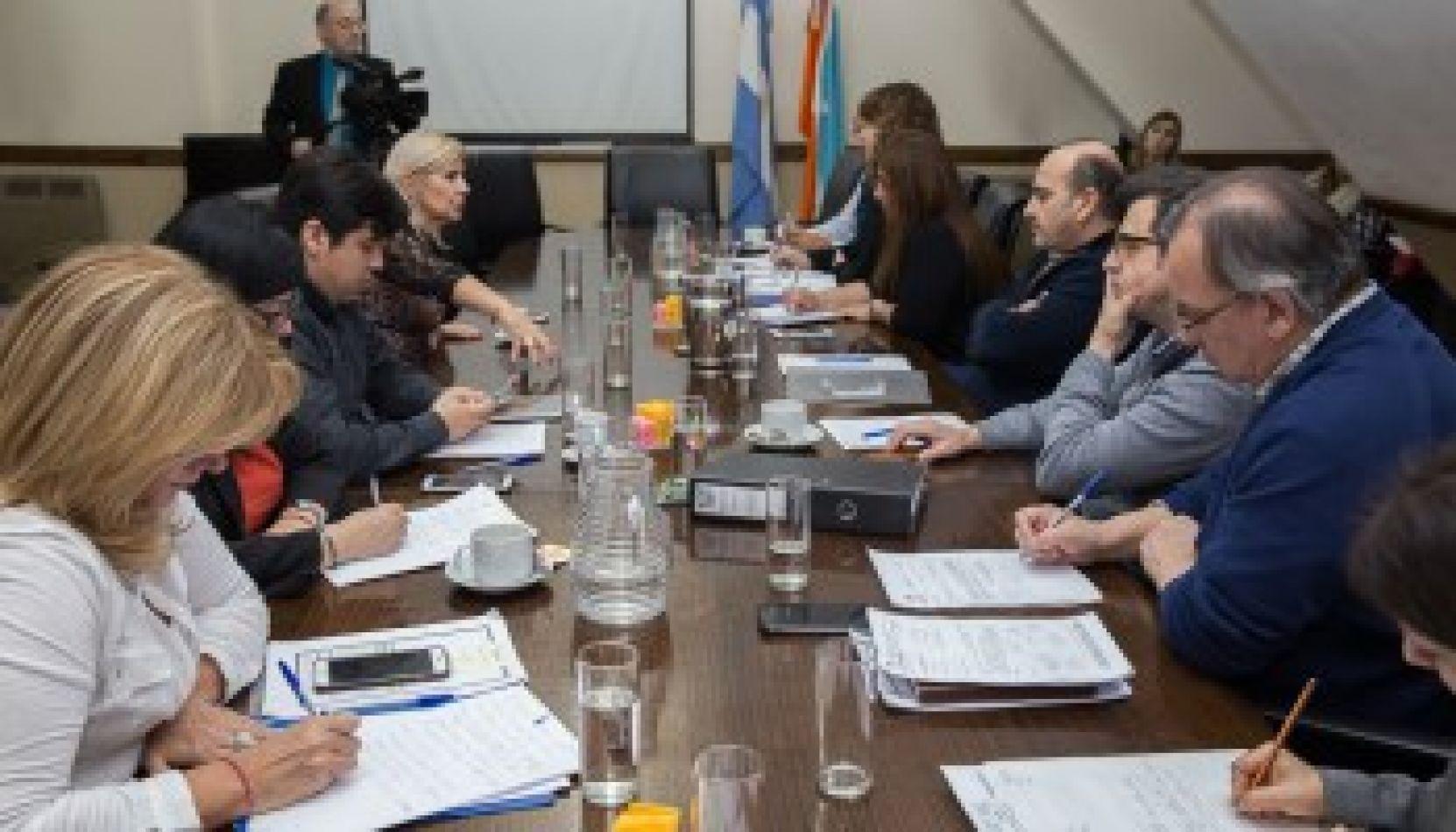"""Debatirán en Comisiones sobre capacitación """"Derechos Humanos y Diversidad Sexual"""""""