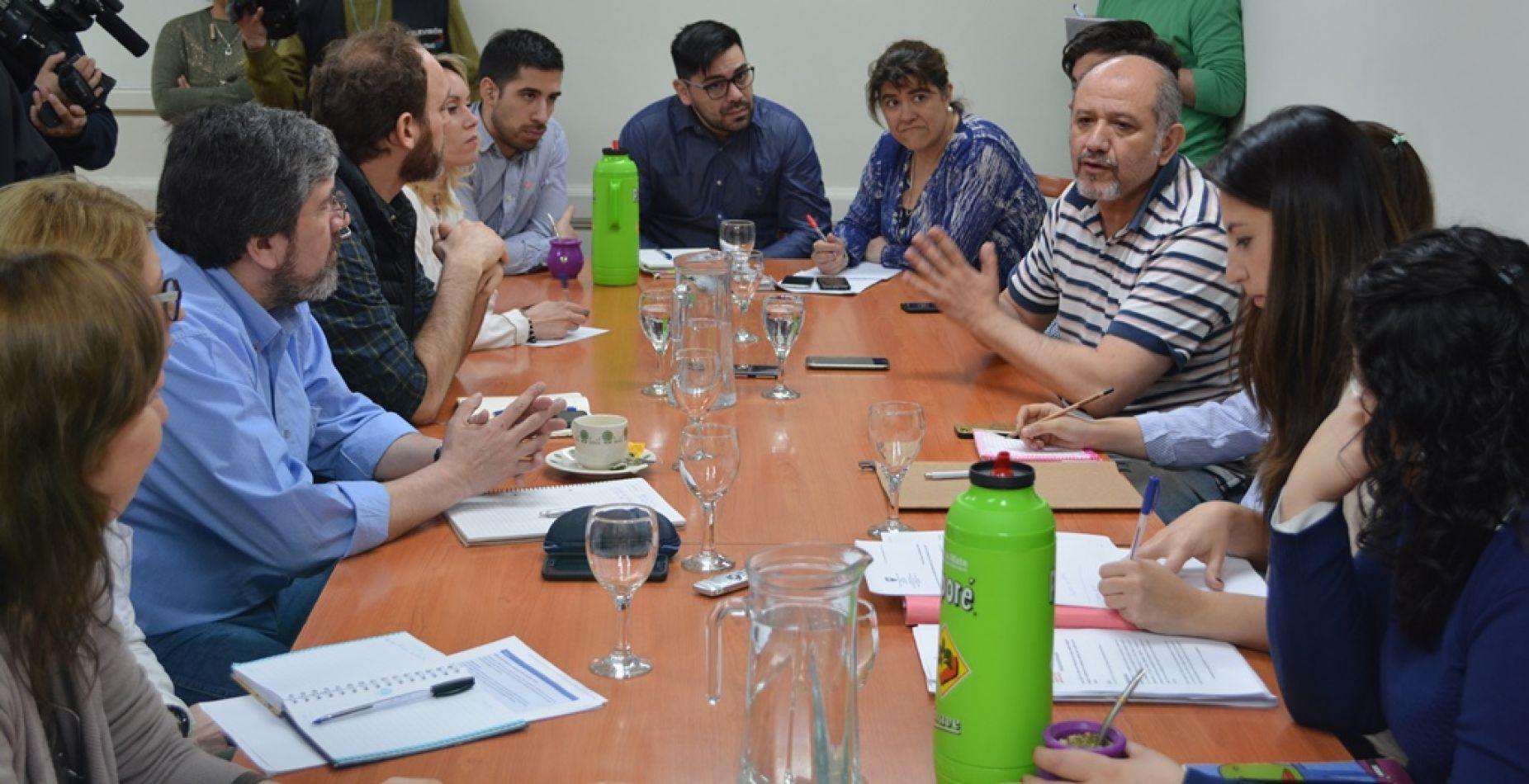 Reunión de la comisión de Ecología y Medioambiente con concejales de la ciudad