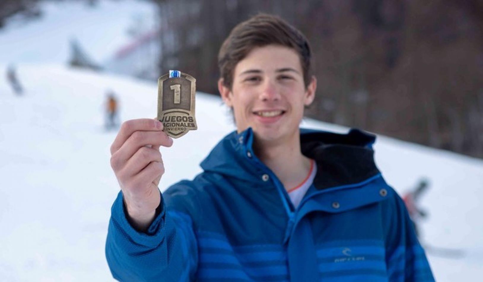 Matías Zuloaga se hizo cargo de su favoritismo y sumó la primera medalla de oro para Tierra del Fuego en modalidad 10 kilómetros