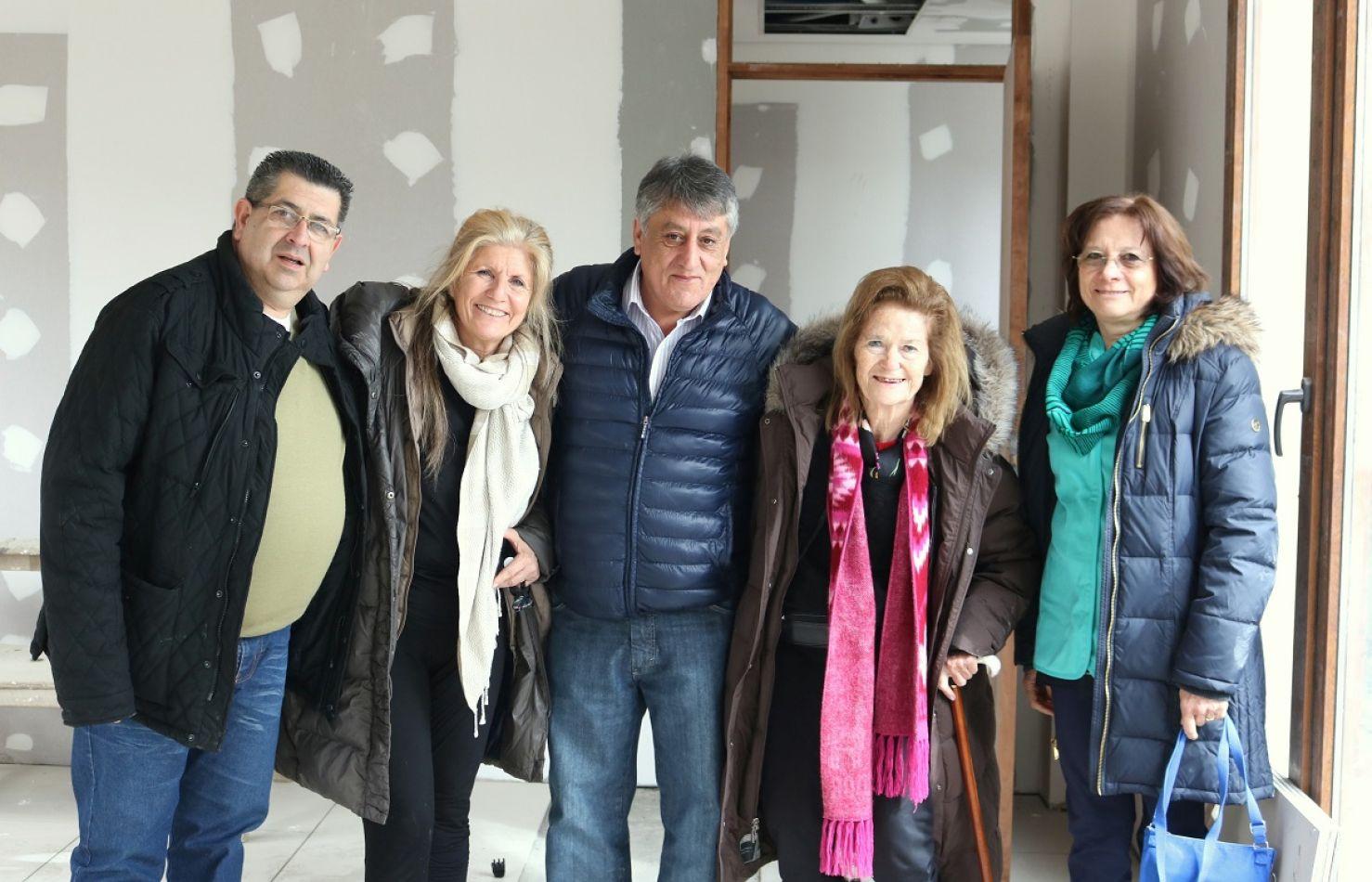 Elena Highton de Nolasco, junto al intendente Claudio Queno y autoridades judiciales y de gobierno, en la obra de la Casa de Justicia.