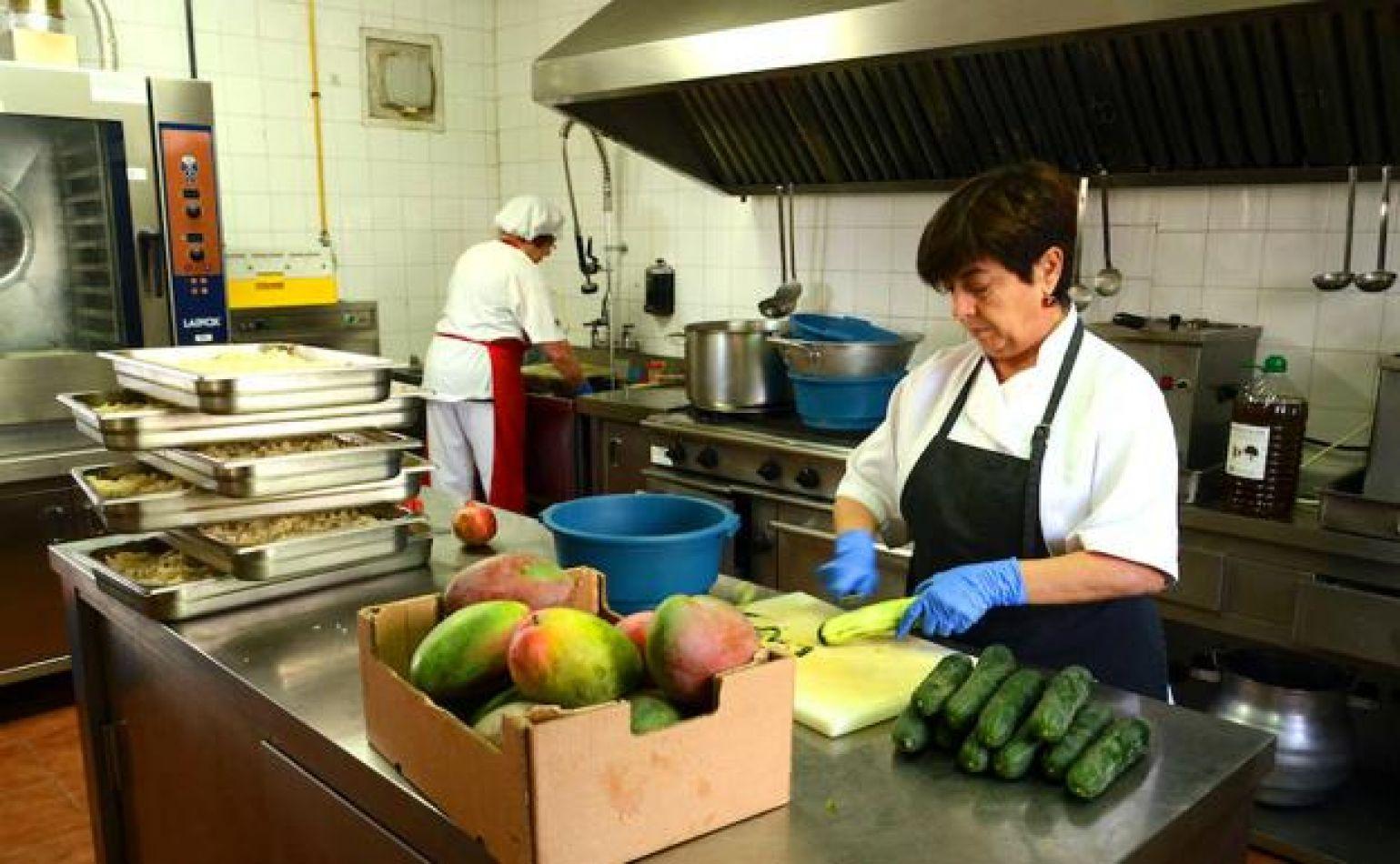 94 millones de pesos de inversión para garantizar la prestación del servicio de desayuno y comedores de las escuelas.