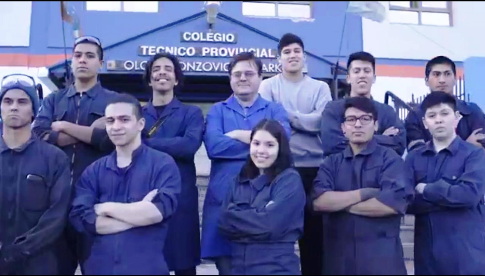 Alumnos del Colegio Técnico Provincial Olga B. de Arko