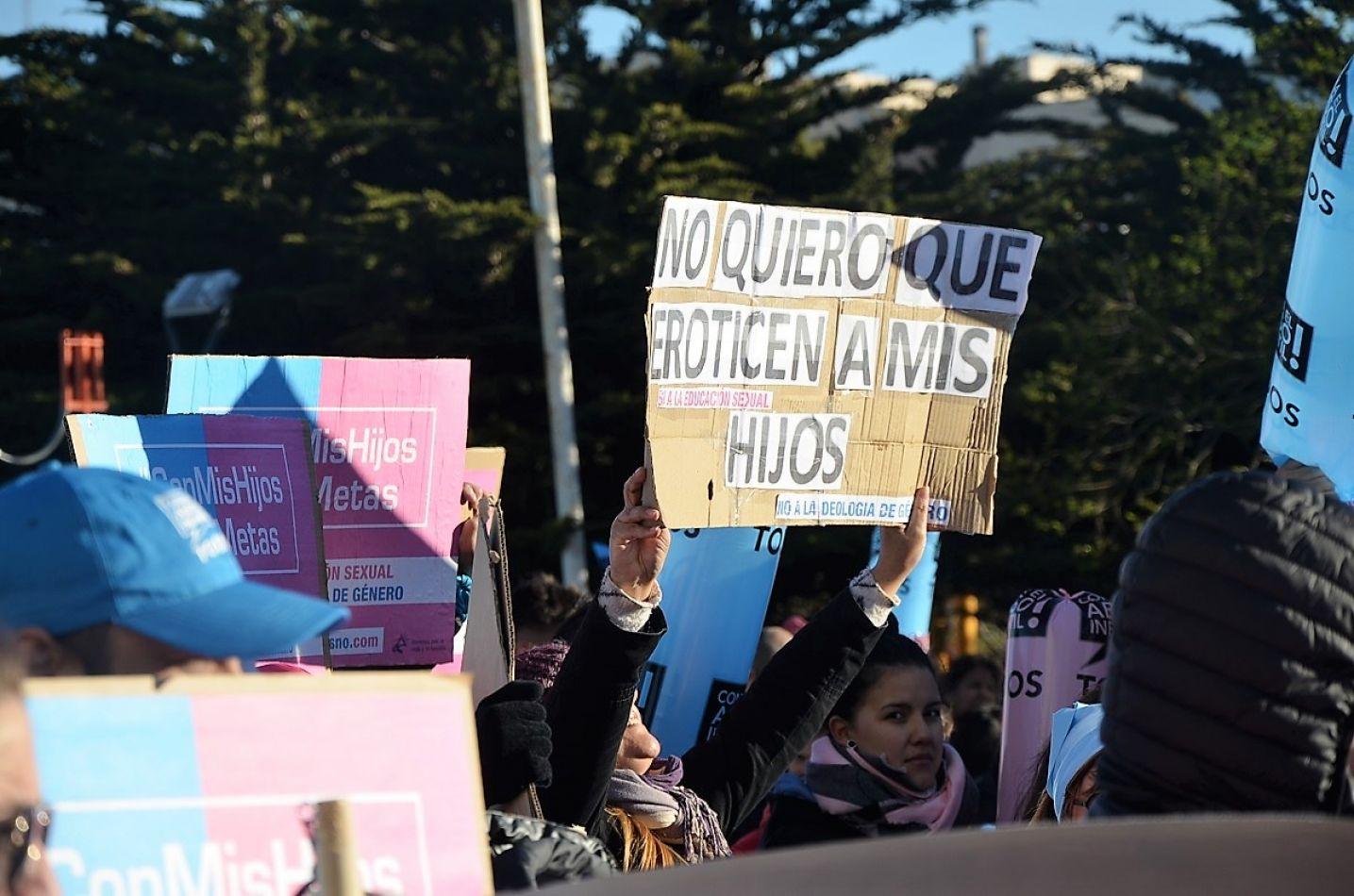 Marcha contra la educación sexual con ideología de género