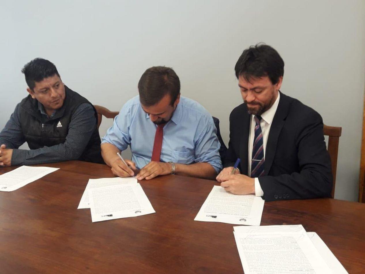 El IPV y la Cooperativa suscribieron un convenio para ejecución de obras