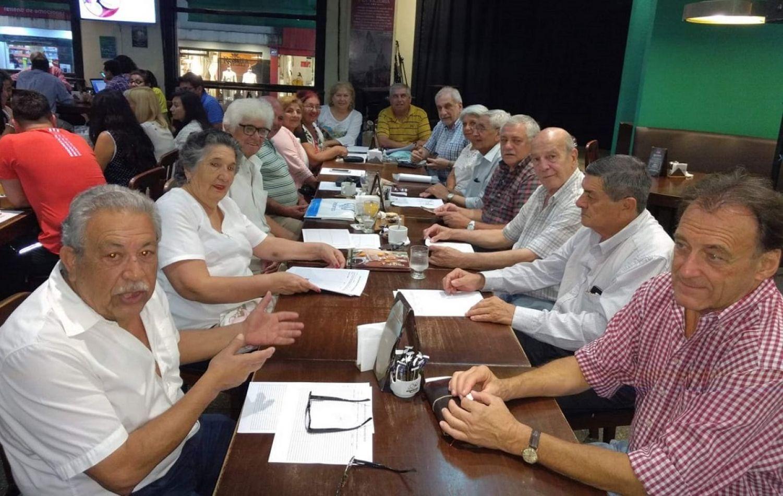 Integrantes de la comisión directiva provisoria del Sindicato de Jubilados de Tucumán.