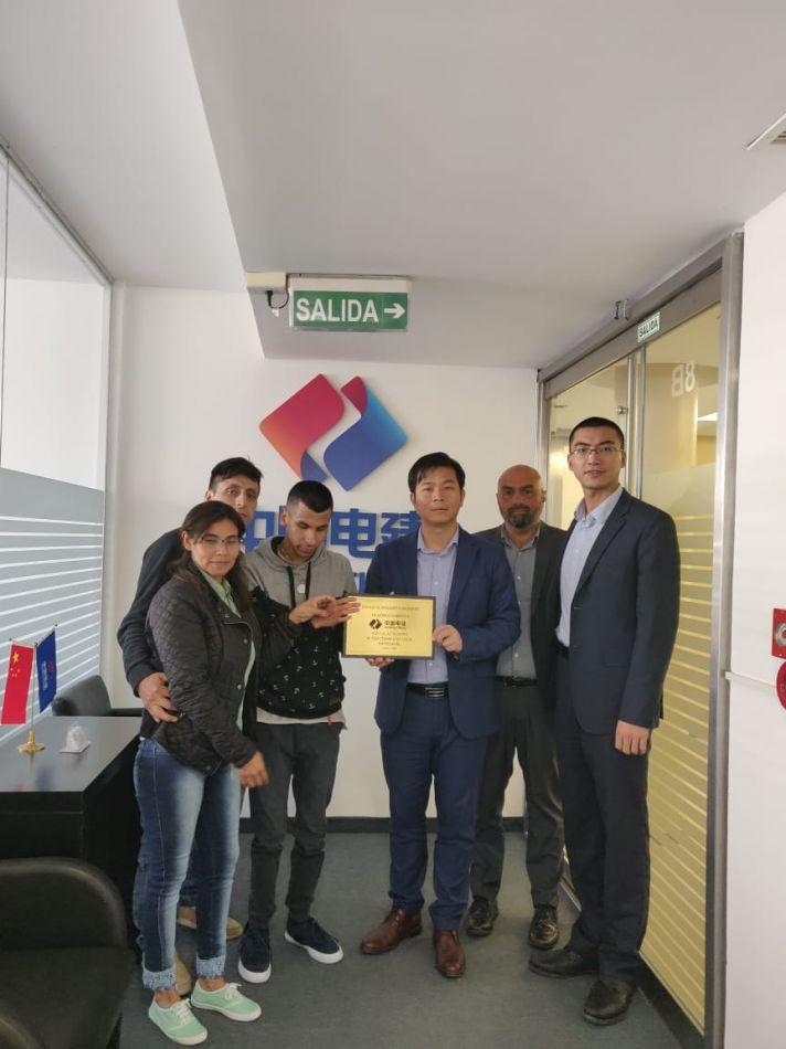 Benjamín,Gómez viaja a China