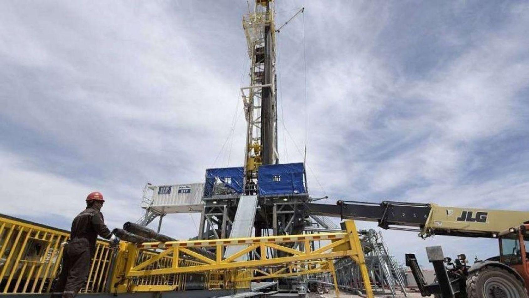 En los últimos años, Gazprom mostró interés en el área de Estación Fernández Oro, un recurso de tight gas desarrollado por YPF en Río Negro